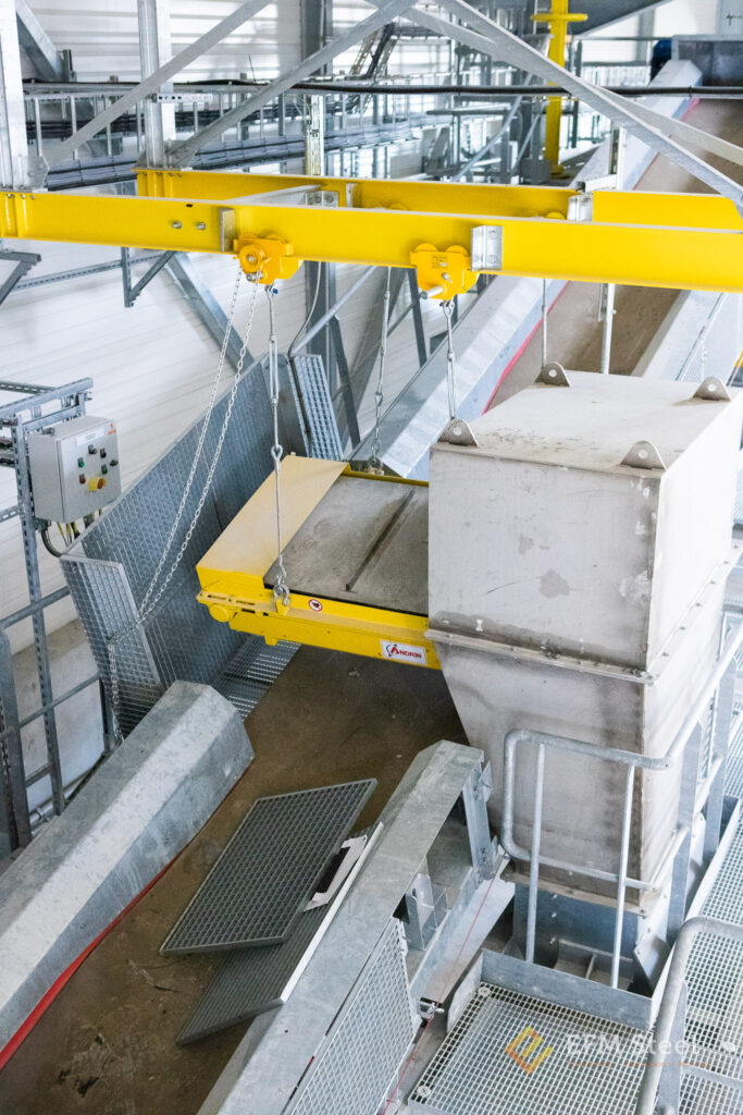 Suspension de l'overband pour le déferraillage secondaire.